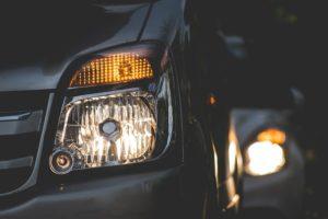 seguridad activa y pasiva de tu coche luz faros