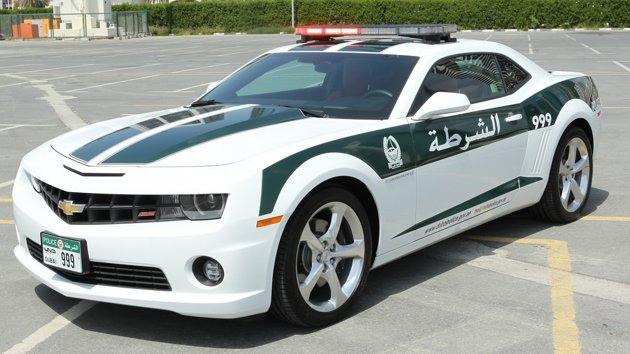 Coche de la policía de Abu Dhabi Chevrolet Camaro SS