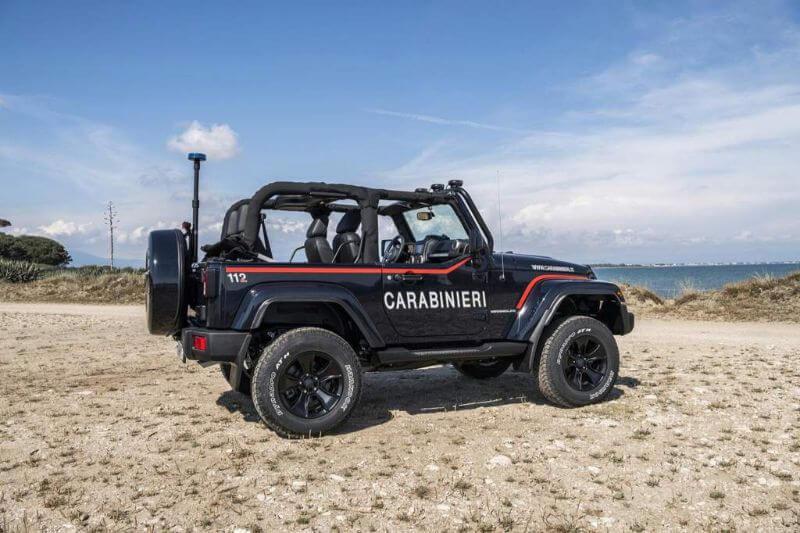 coche de la policia de Italia Jeep Wrangler