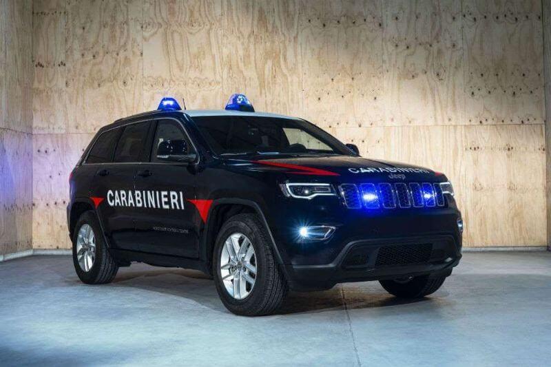 Coche policiaco de Italia Jeep Grand Cherokee