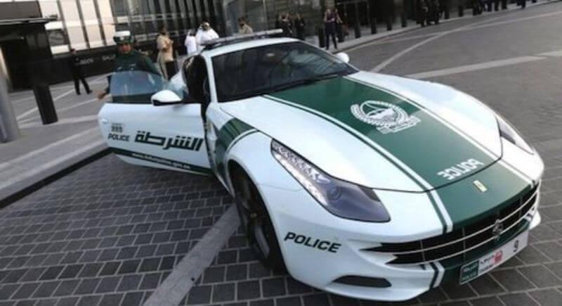 Ferrari FF de la policía de Dubái