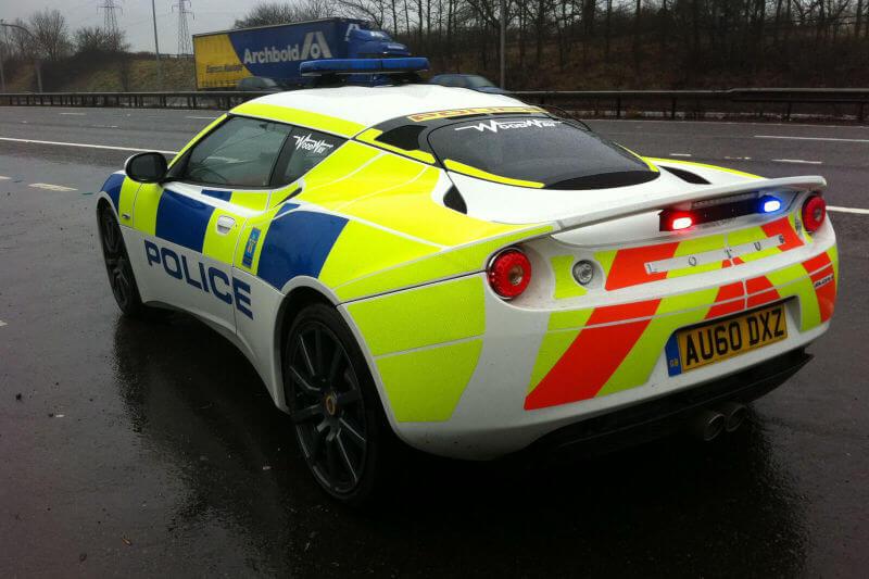 los mejores coches deportivos de policía del mundo