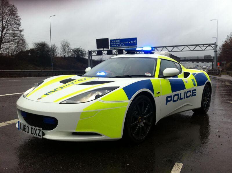 coches de policia del reino unido - Lotus Evora S