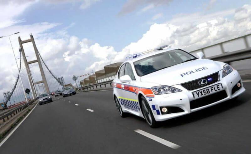 coche de policía Reino Unido Lexus IS-F